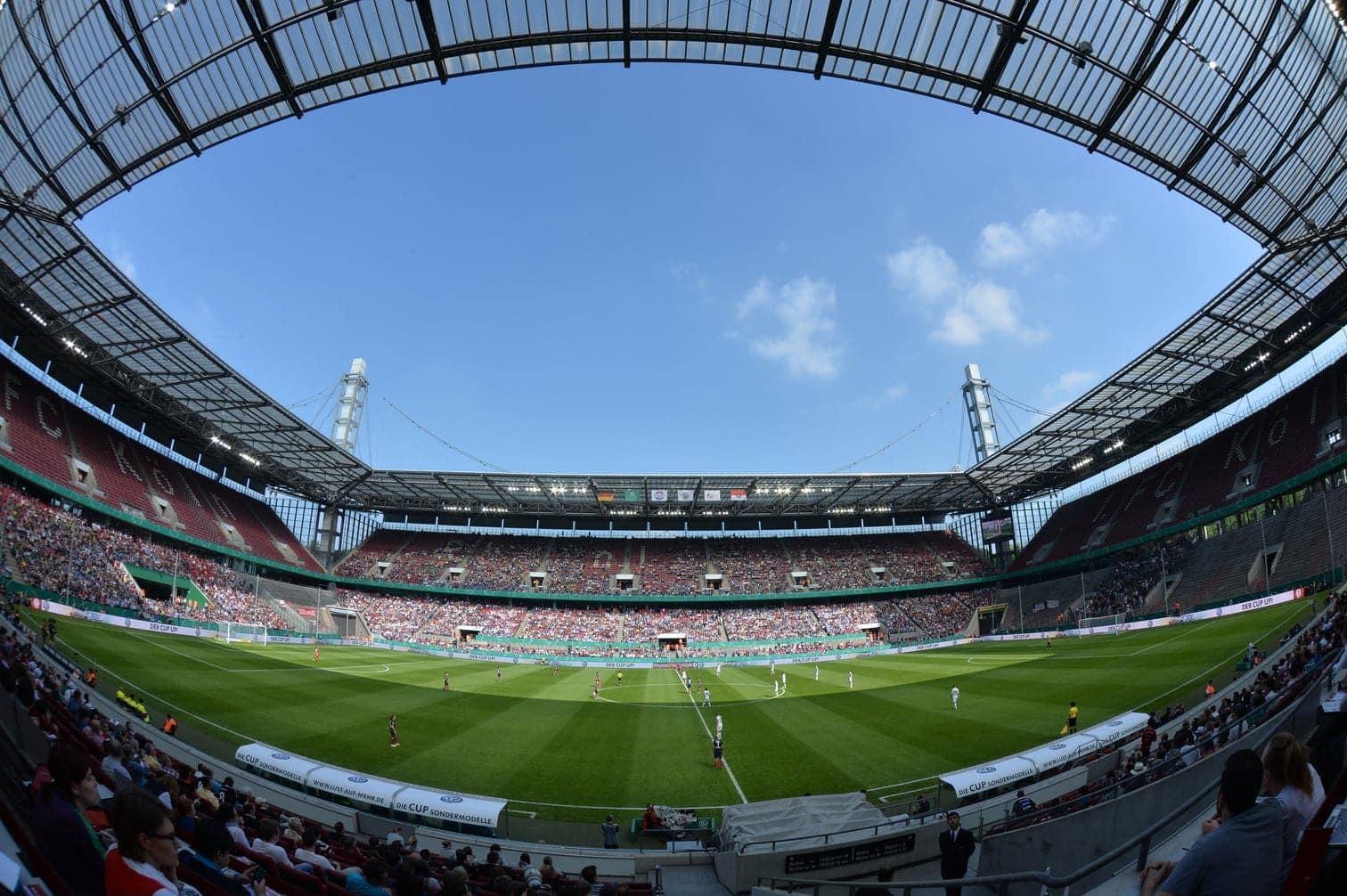 Düsseldorf Arena<br />Kapazität: 46.264<br />4 Spiele</p> Foto: dpa/Caroline Seidel