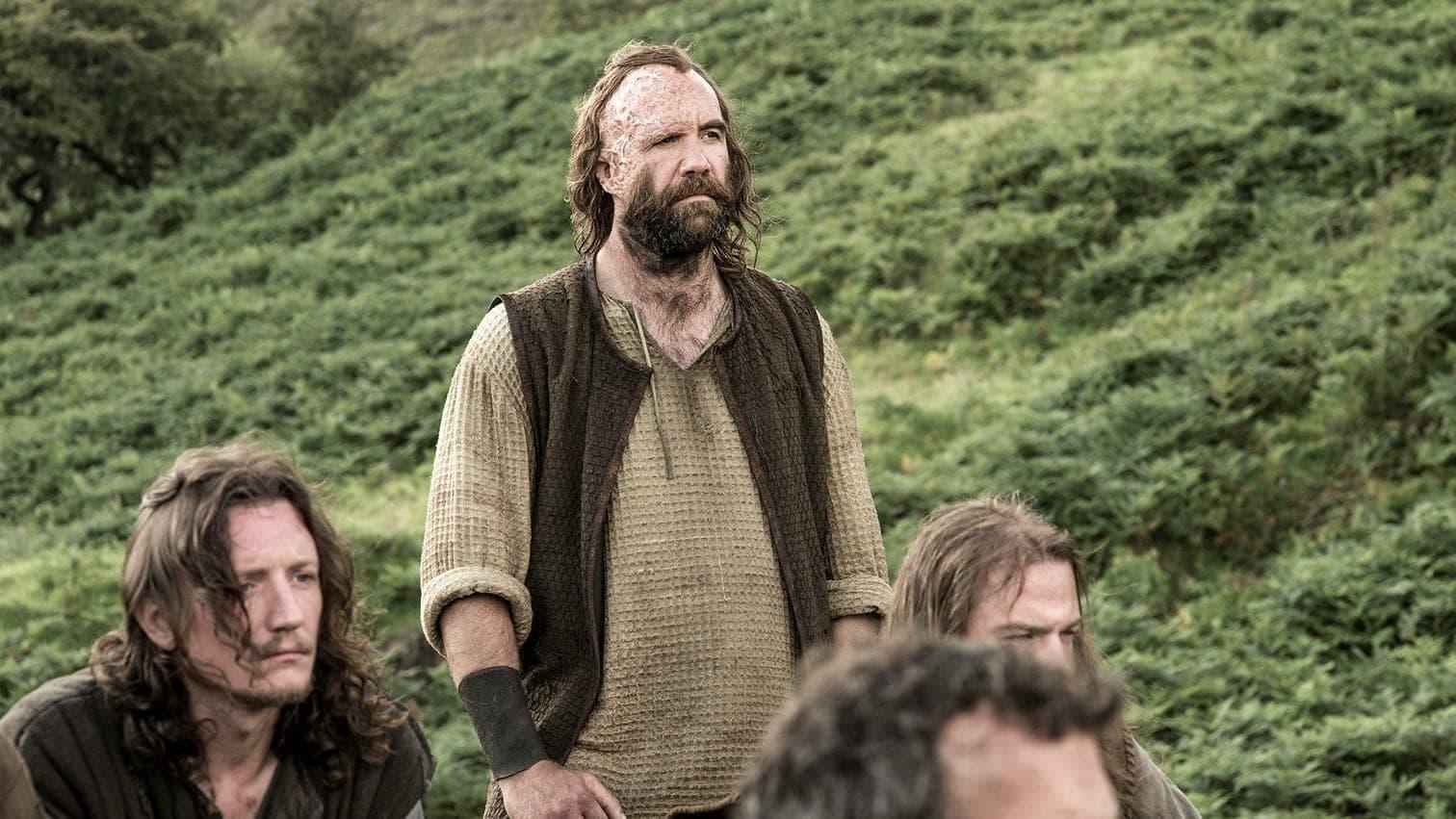 auch wenn Arya dem Oberhaupt der Lannisters am liebsten gleich vor Ort einen Dolch in den Hals rammen würde. Ebenfalls genial: Der düstere Assassine Jaquen H'ghar schuldet Arya drei Morde.</p> Foto: HBO