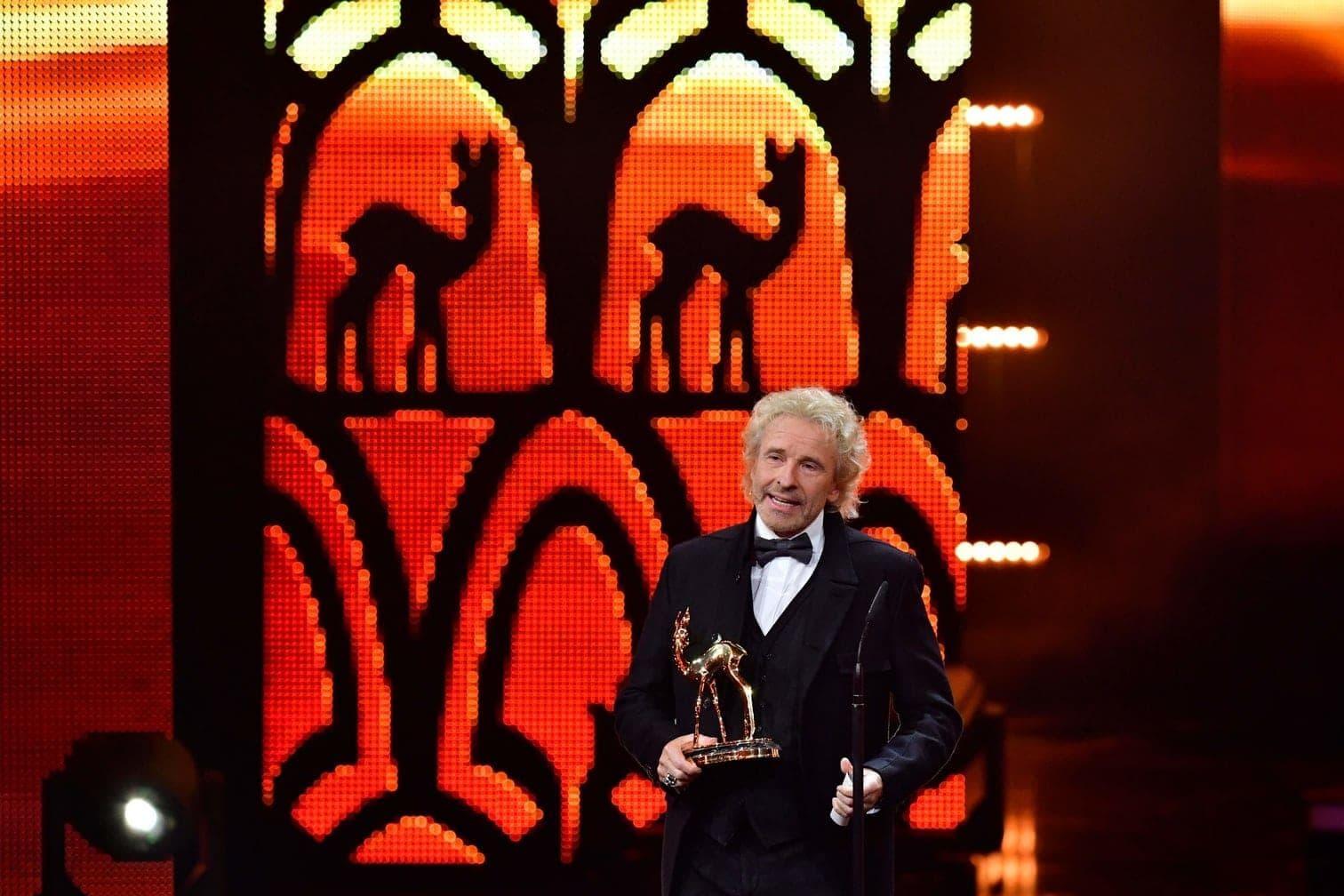<p>Auf Thomas Gottschalk wartete bei der Bambi-Verleihung eine ganz besondere Überraschung.&nbsp;</p> Foto: Tobias Schwarz/AFP