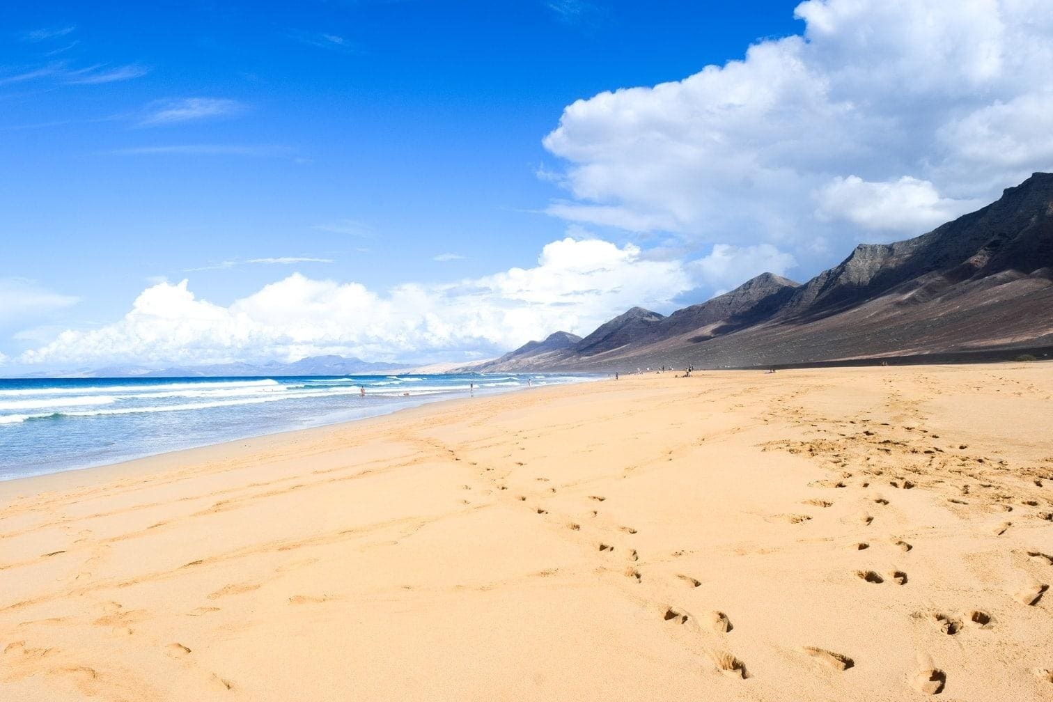 <p>Am westlichen Ende der Manda Bay befindet sich ein luxuriöses Resort