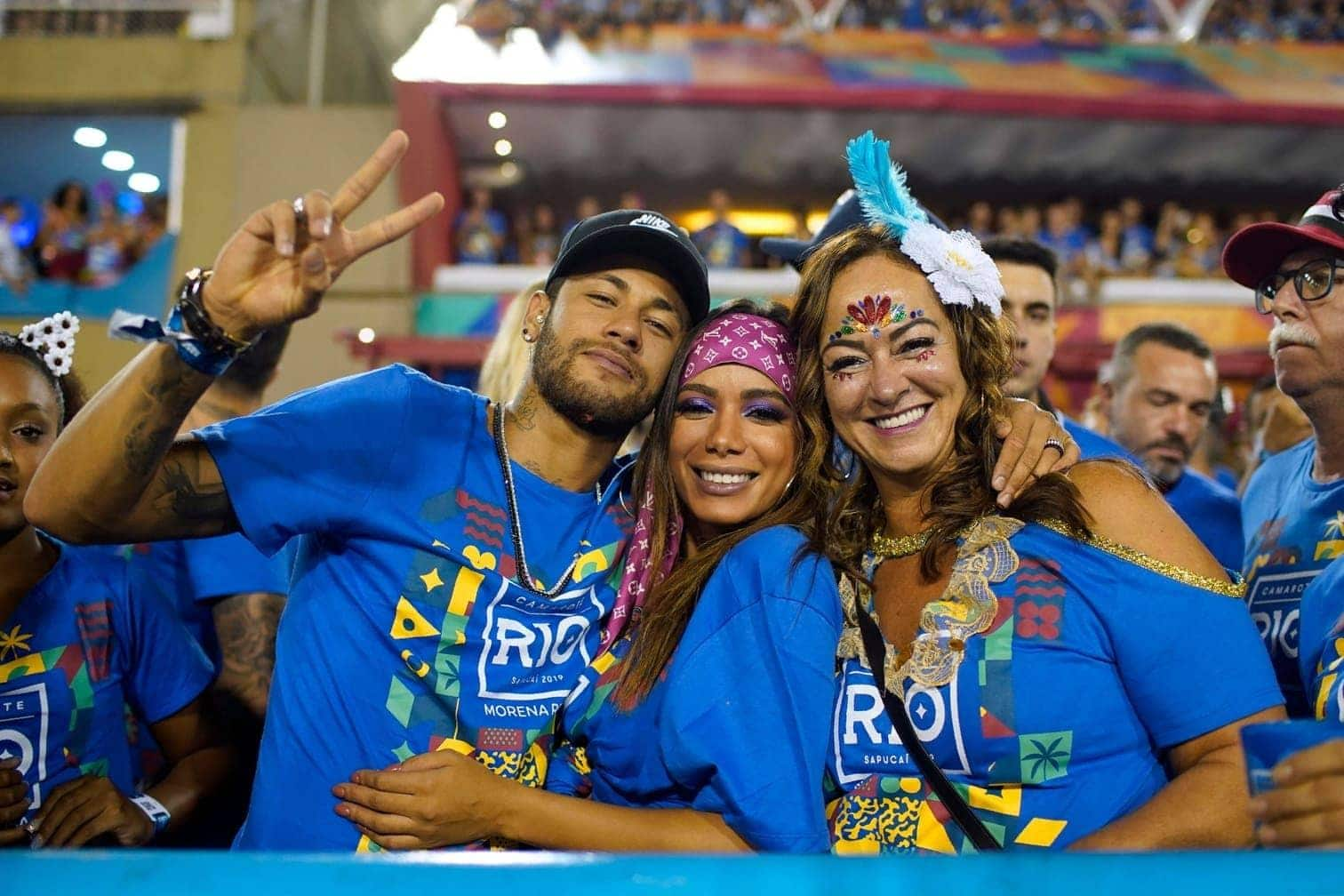 <p>Brasiliens Fußball-Superstar Neymar ist derzeit verletzt und hat deshalb am legendären Karneval von Rio de Janeiro teilgenommen.</p> Foto: Mauro Pimentel/dpa