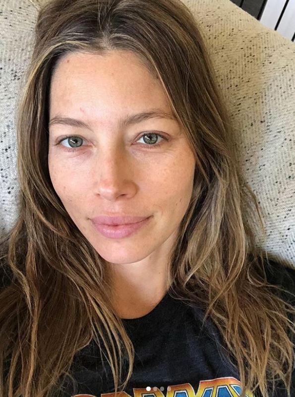 <p>Auf Instagram hat das deutsche Model Stefanie Giesinger über drei Millionen Follower und postet hier die schönsten Fotos ihrer Shoots. Dabei zeigt sie sich mal süß