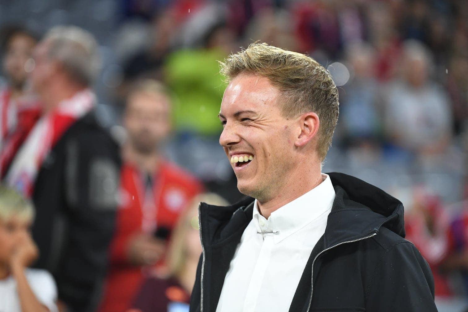 <p>1899-Trainer Julian Nagelsmann hat beim Bundesliga-Auftakt mit seinen Hoffenheimern am Freitagabend in München mit ungewöhnlichem Outfit und Aussehen überrascht.&nbsp;</p> Foto: dpa