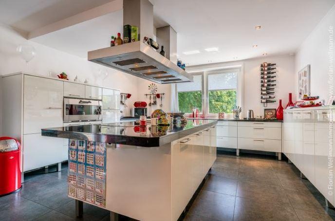 <p>Ein Blick in die Küche.</p> Foto: Screenshot Immonet