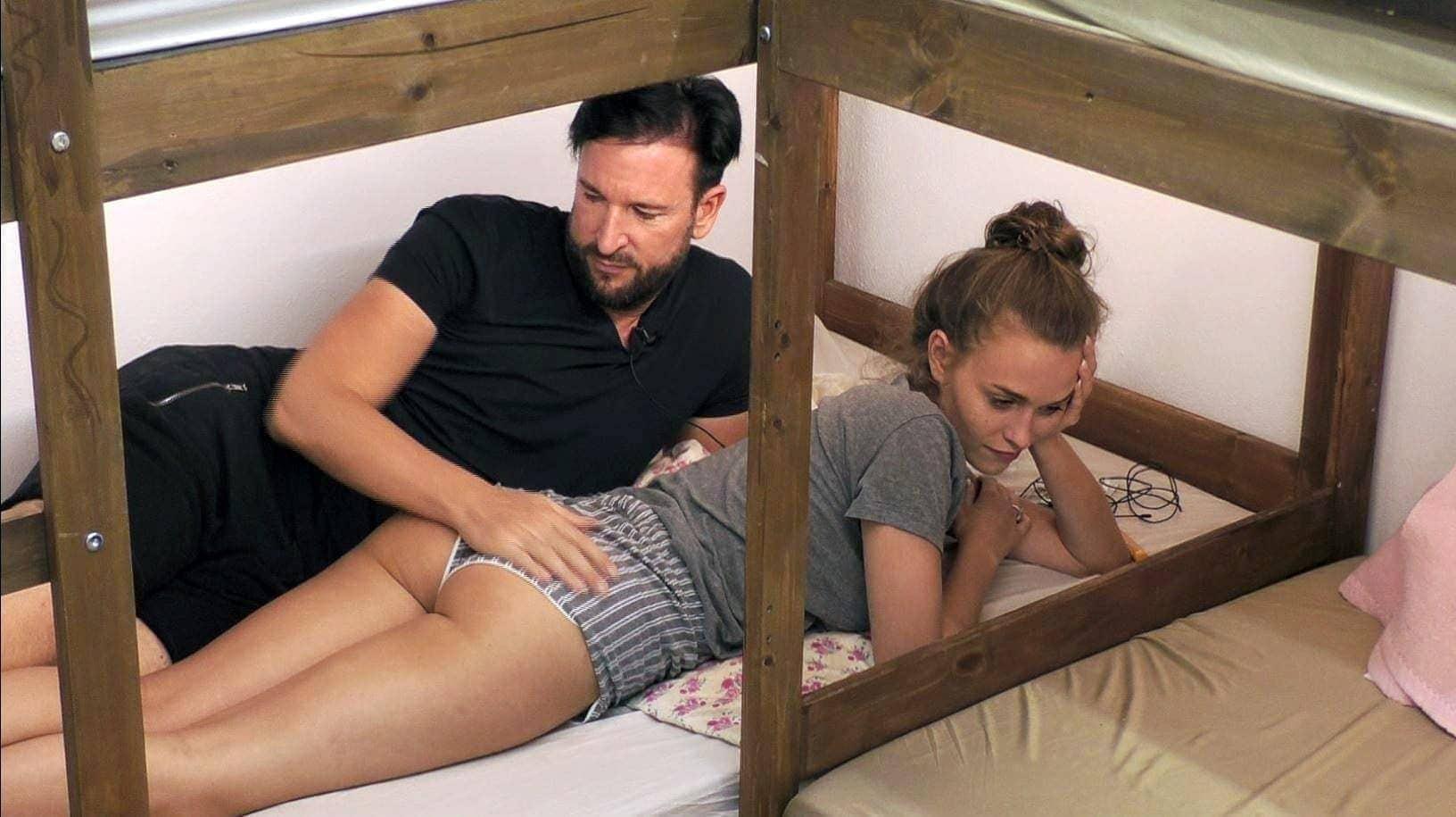 Laura Muller Nackt Im Playboy Dem Hefte Verkauf Hat Es Nicht Geschadet