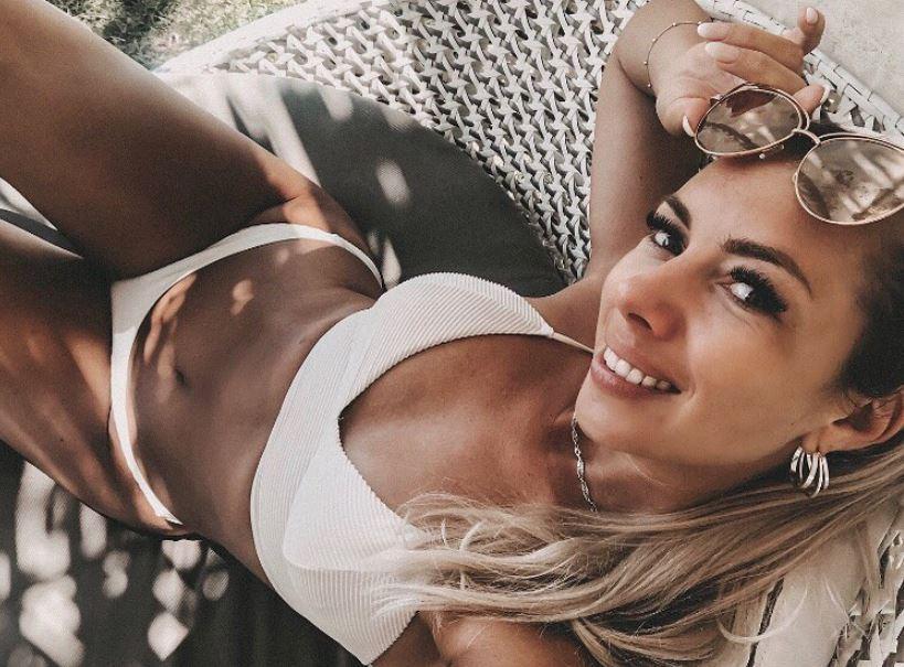 Janika Jäcke im Bikini