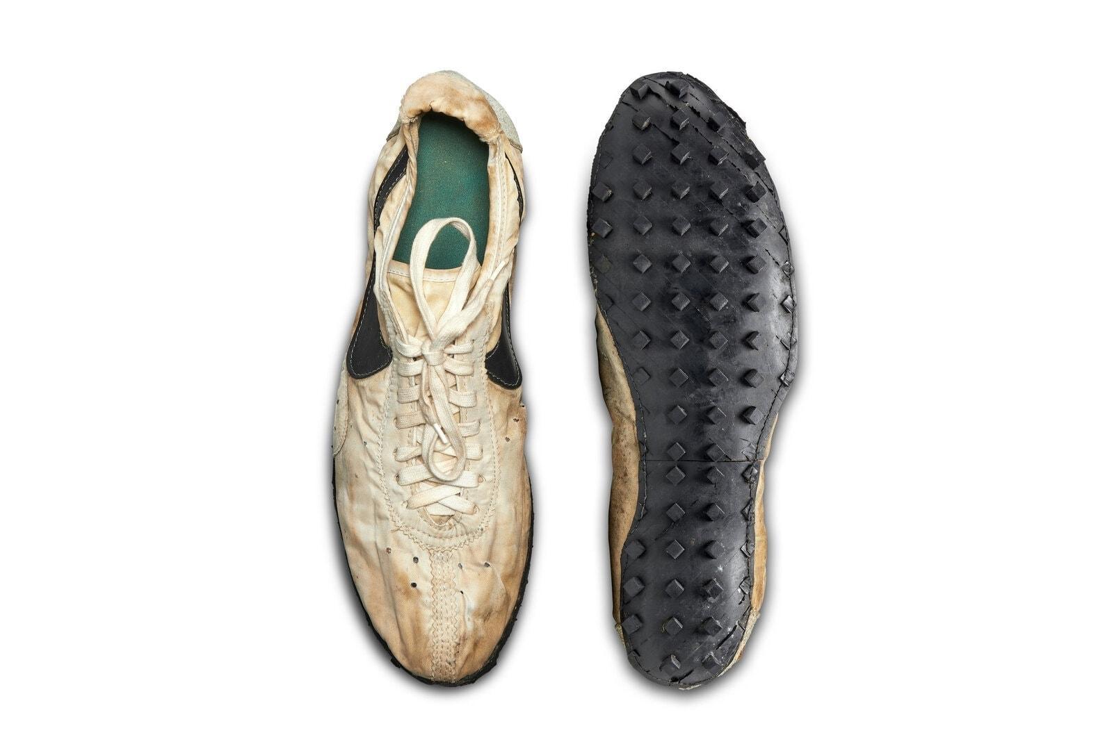 Nike Moon Shoe Auktion
