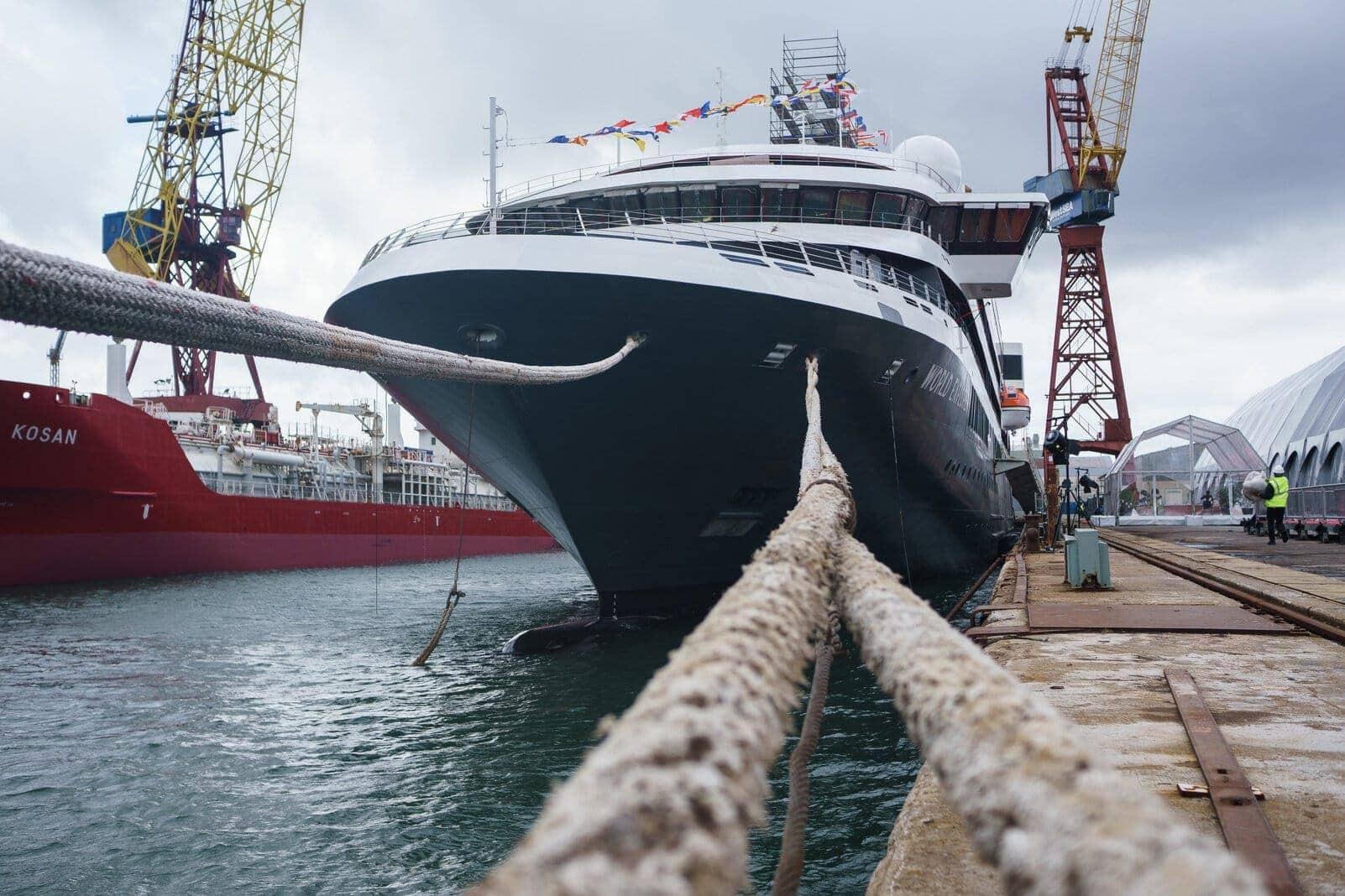 Kreuzfahrtschiff World Explorer in der portugiesischen Westsea Yard