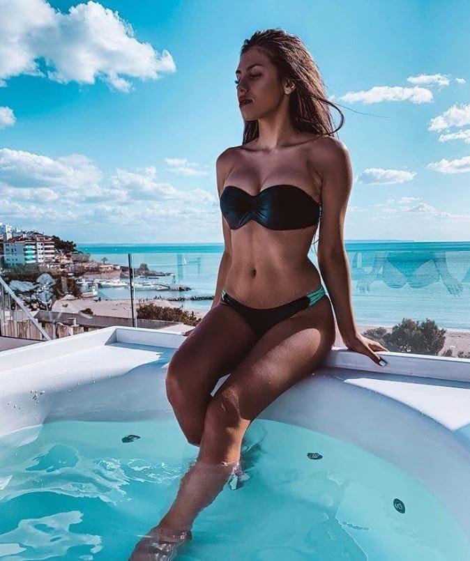 nathalie bleicher-woth im bikini