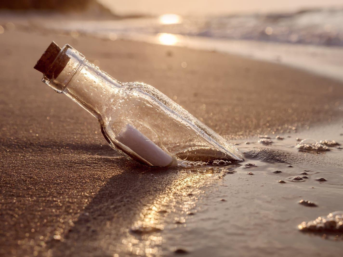 Flaschenpost Flasche Strand Meer