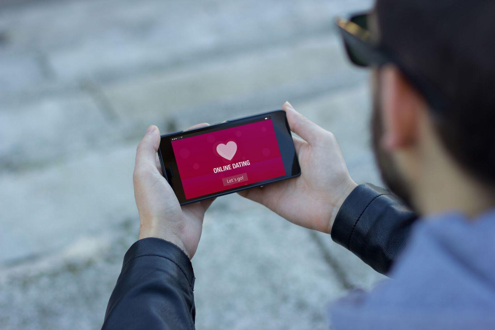 Online Dating Mann Handy Smartphone