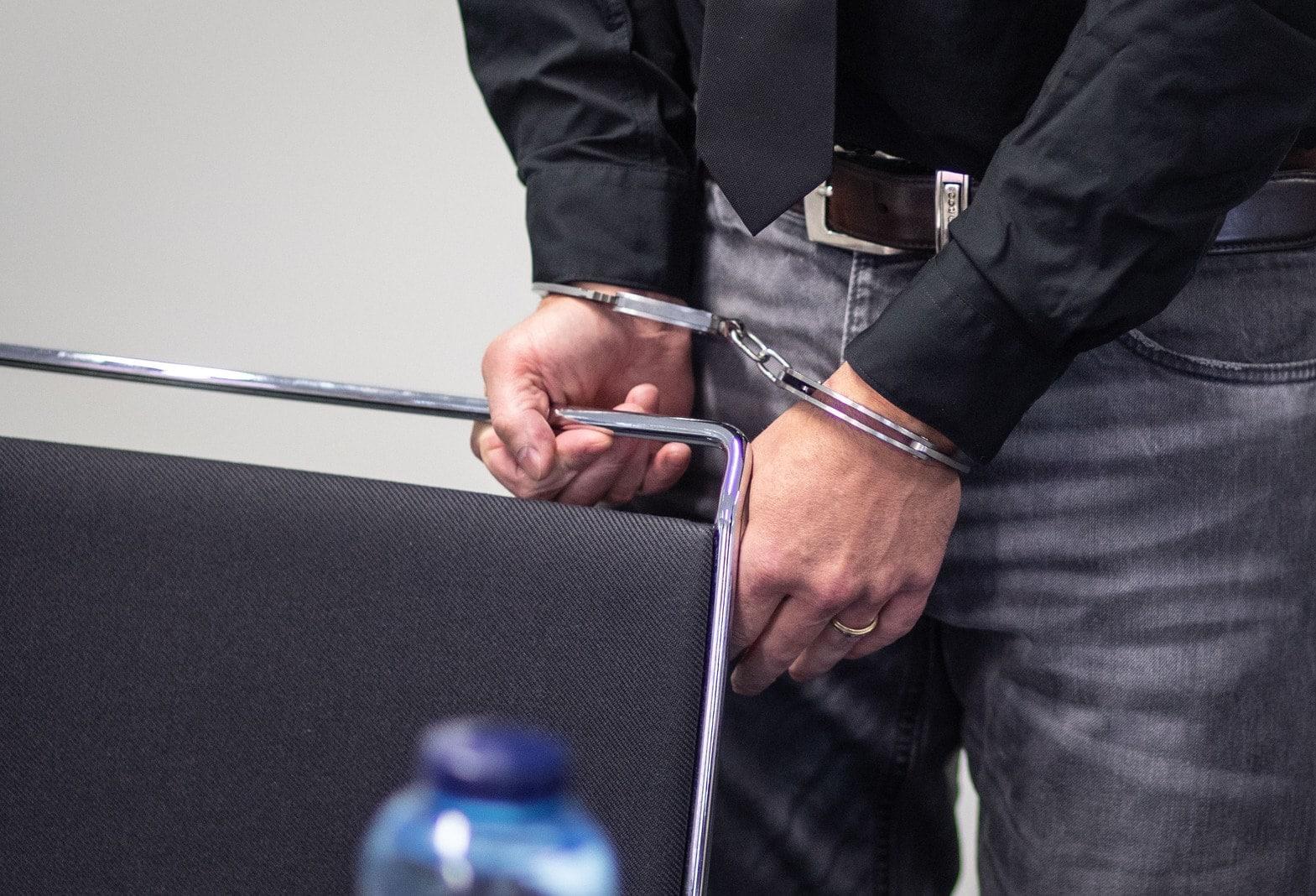Stalker zu über fünf Jahren Haft verurteilt