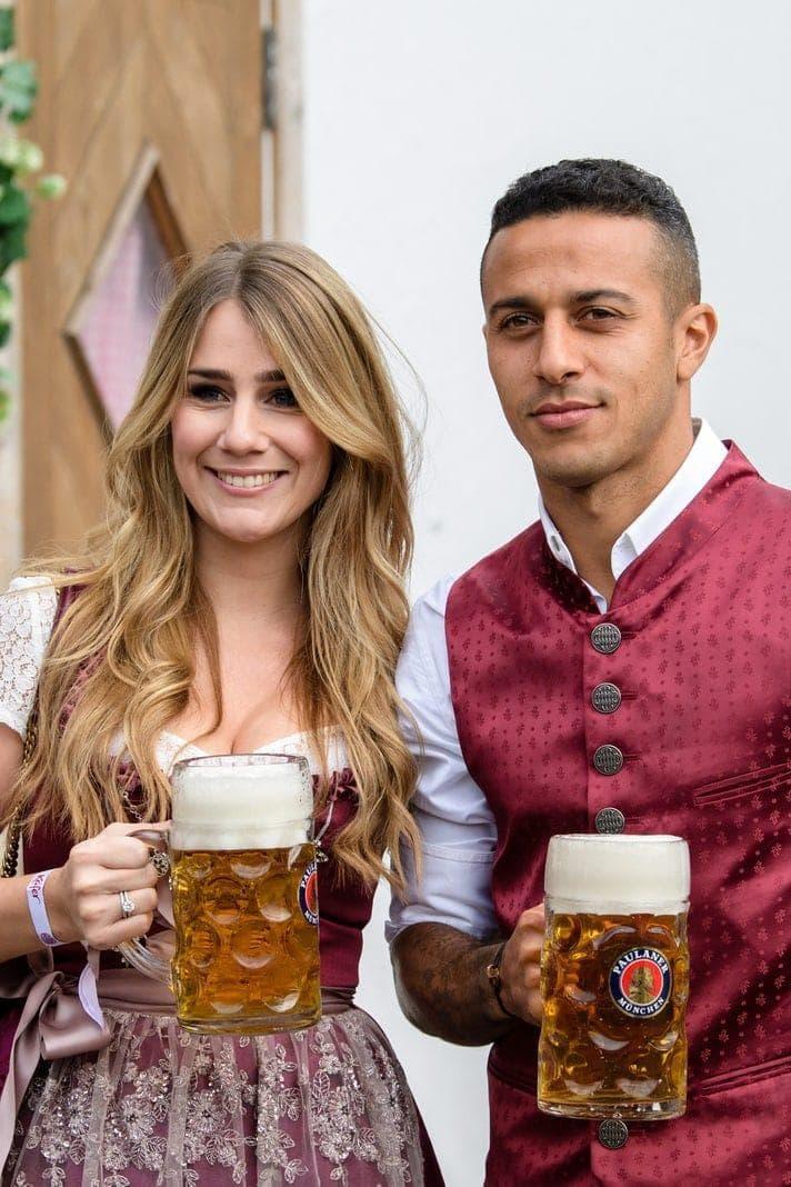 Thiago und seine Frau Julia Vigas