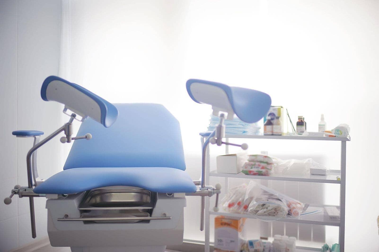 Stuhl beim frauenarzt | Vollständige Gynäkologische