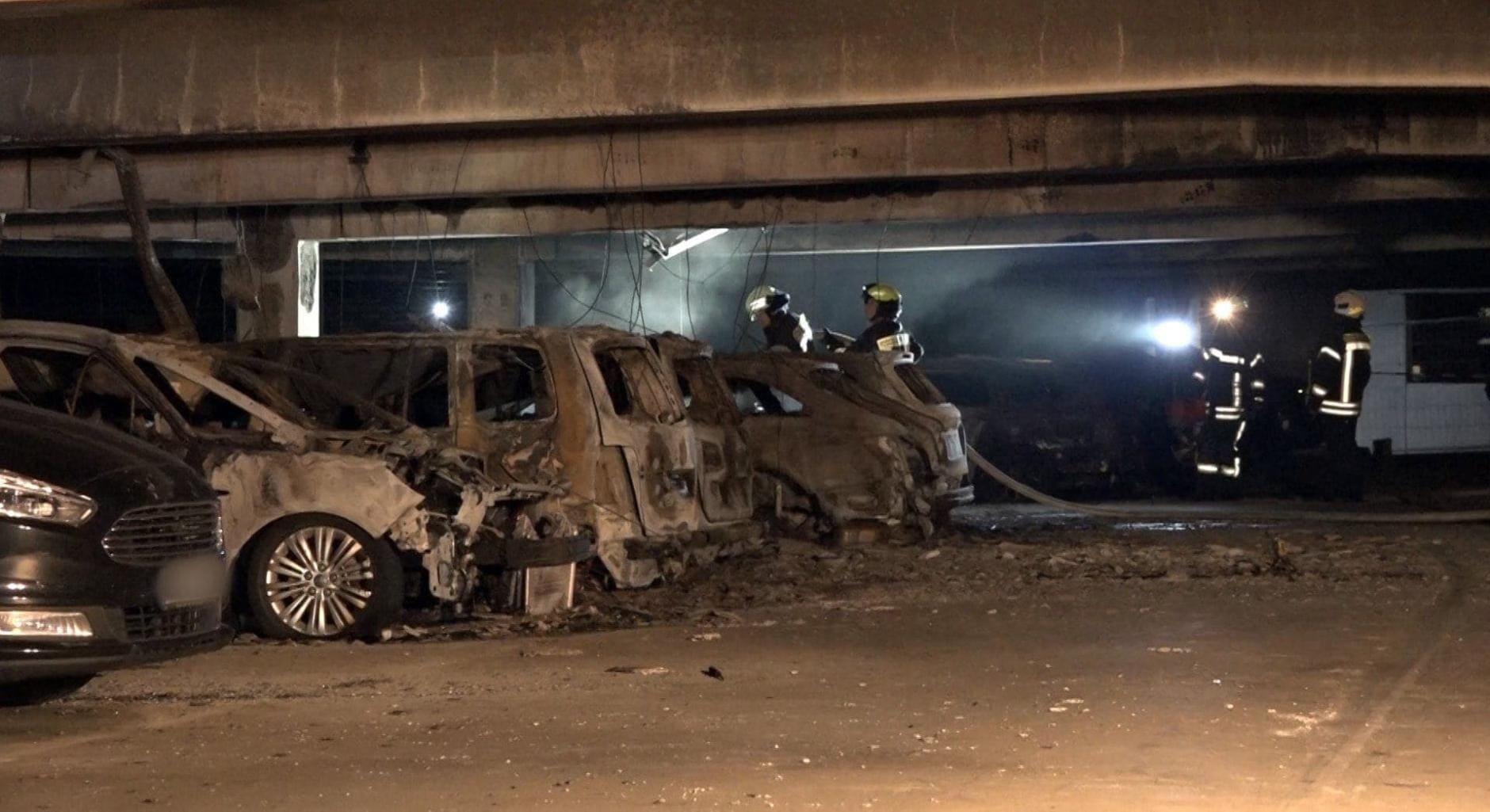 Feuer-Hölle am Flughafen Münster Osnabrück! 70 Autos in Flammen