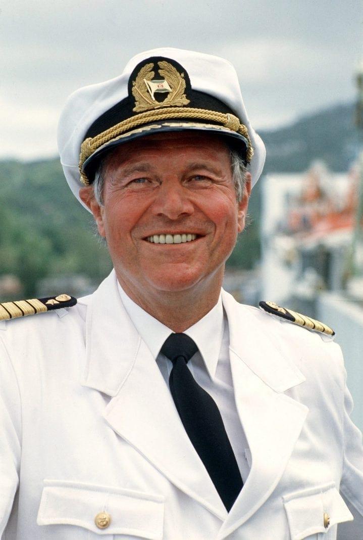 Das Traumschiff Das Sind Alle Kapitäne Bei Zdf
