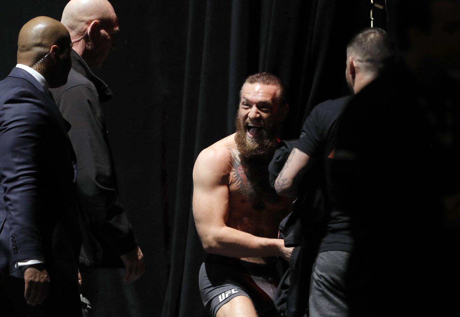 UFC 246 McGregor Cowboy Wiegen