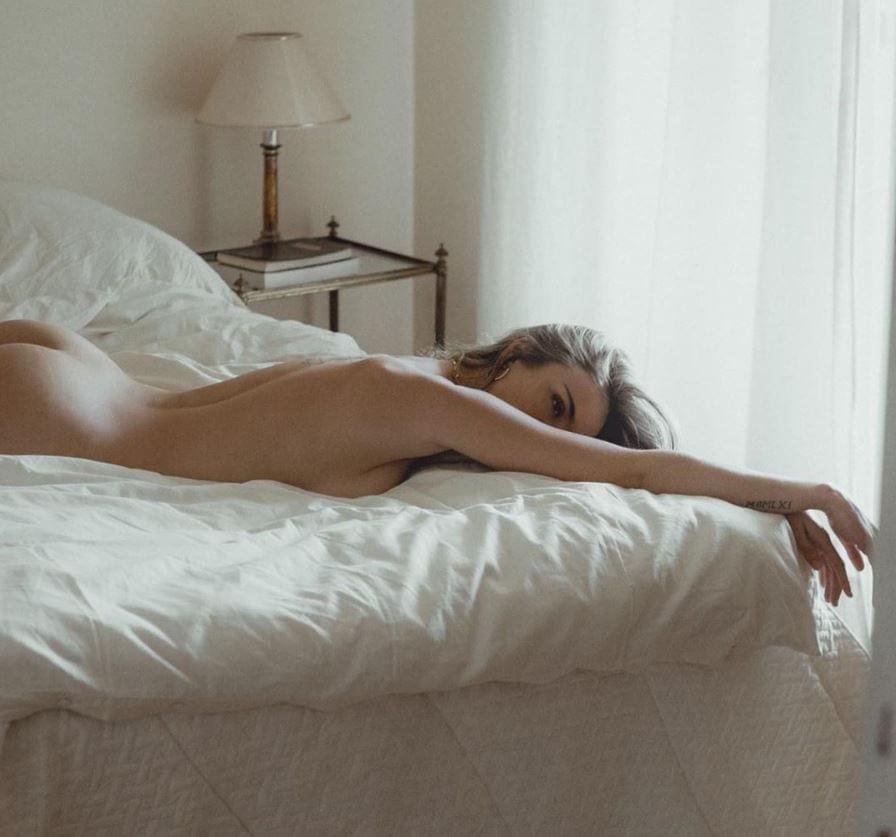 Brenda Patea  nackt