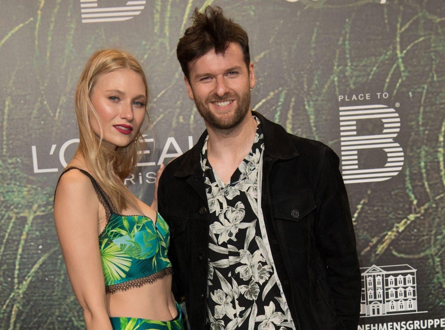 Sängerin Carolin Niemczyk und ihr Freund Daniel Grunenberg vom Duo Glasperlenspiel
