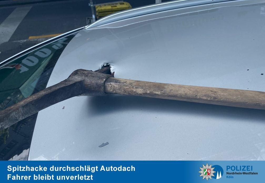 Spitzhacke Auto Köln