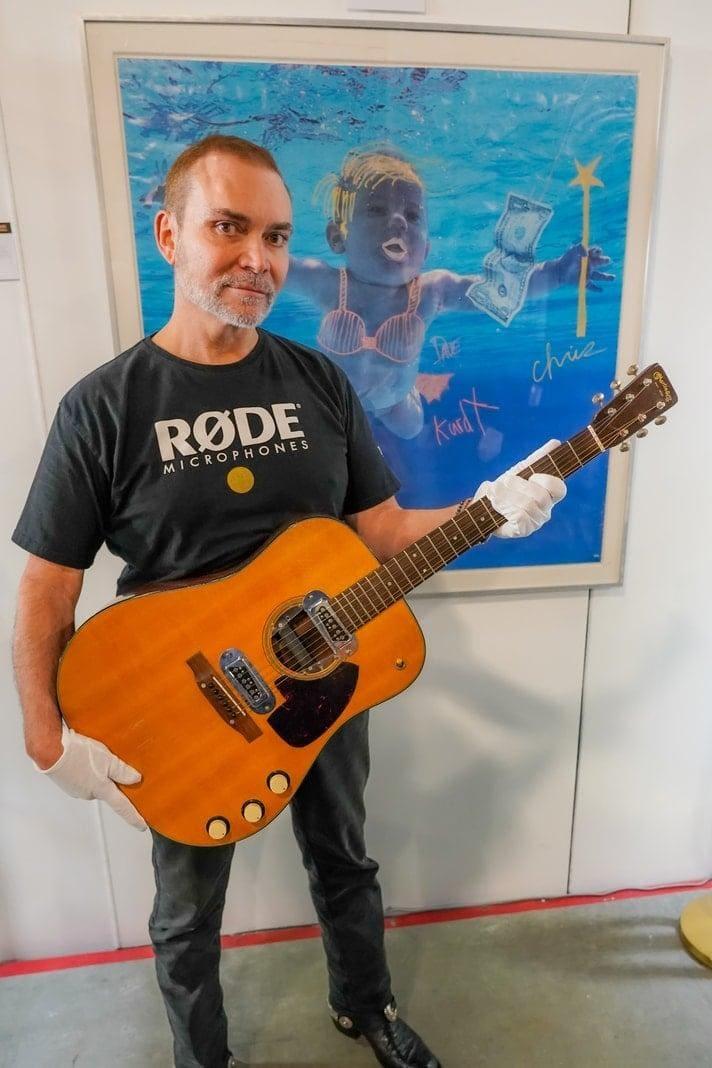 Kurt Cobain Nirvana Unplugged Gitarre versteigert