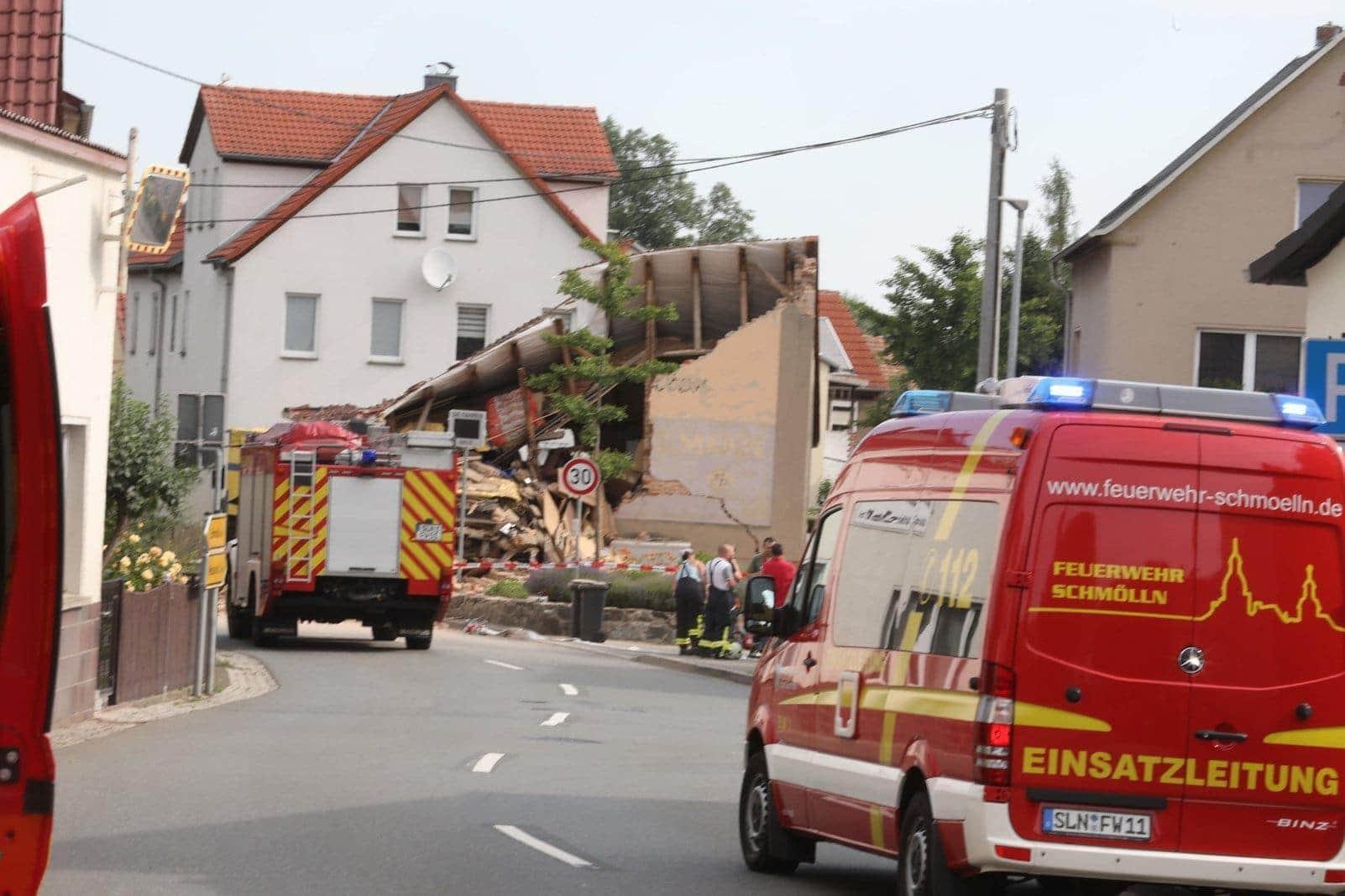 LKW Haus eingestürzt Unfall