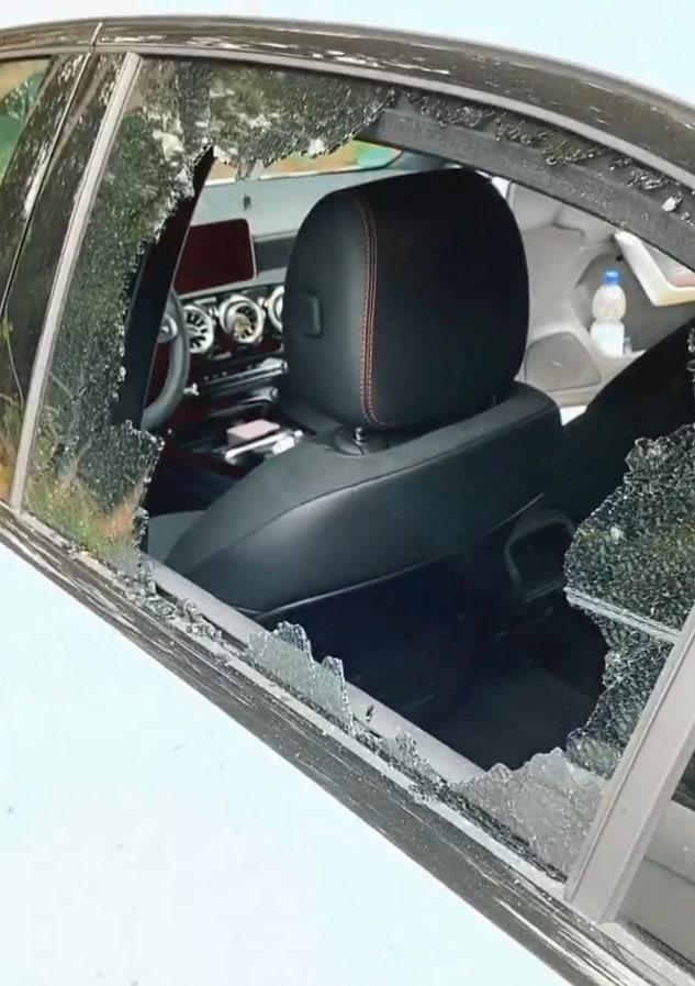 Sarah Lombardi Auto Scheibe eingeschlagen