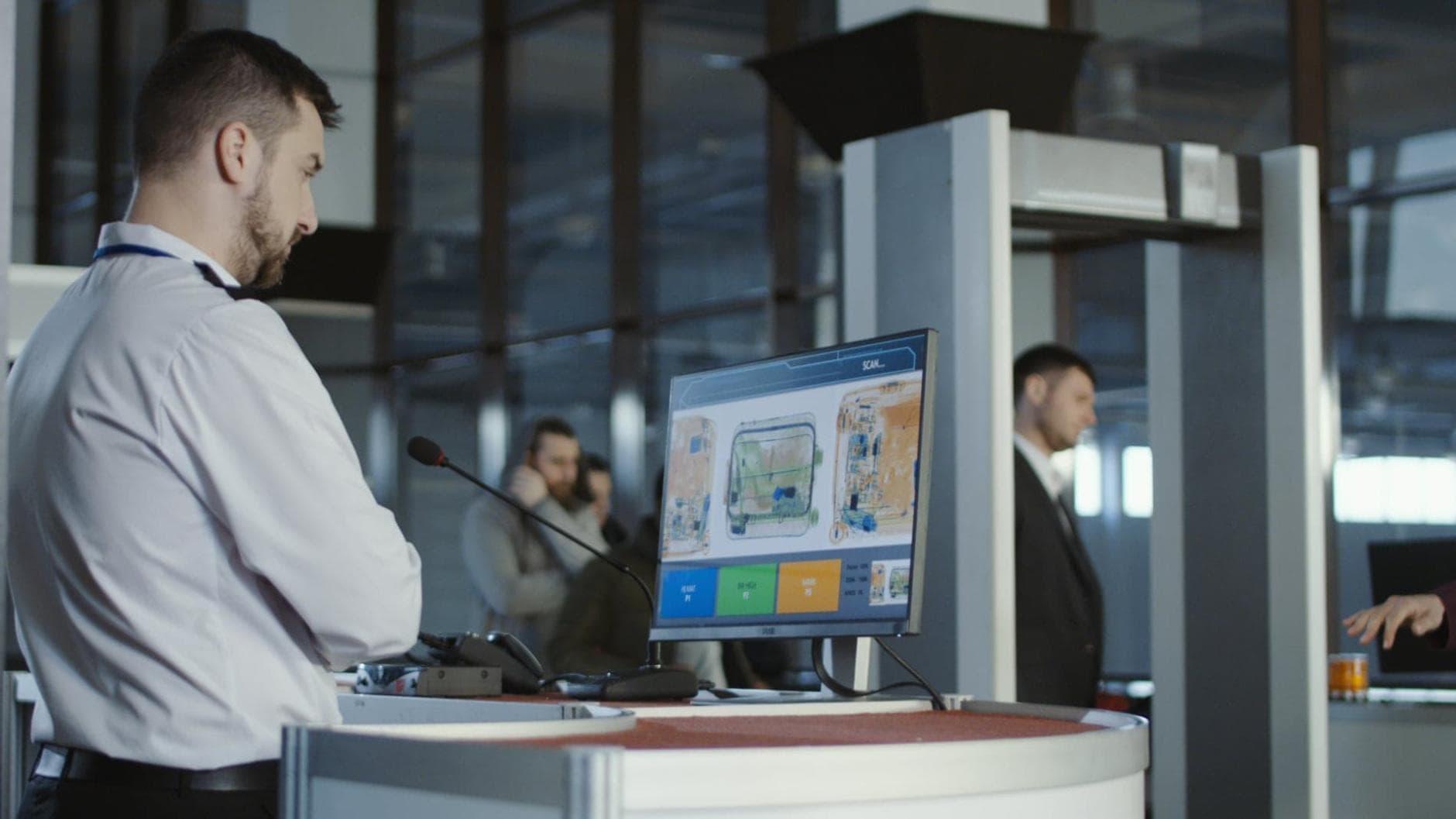 Gepäck Am Flughafen Aufgeben Kosten