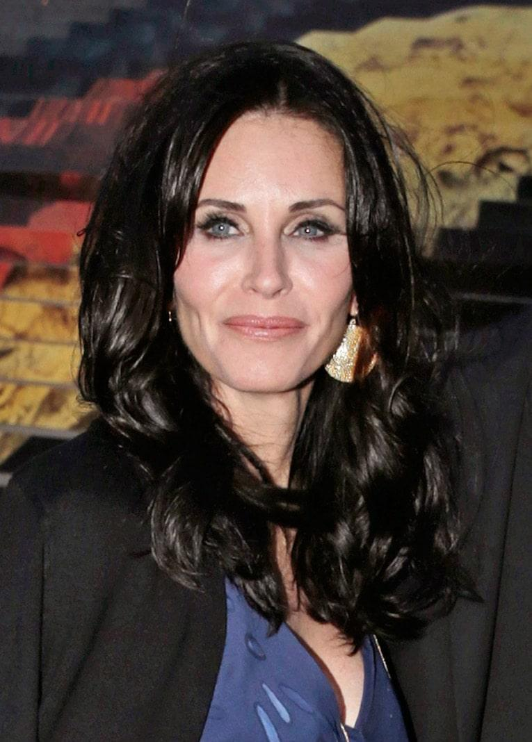 Courteney Cox BS