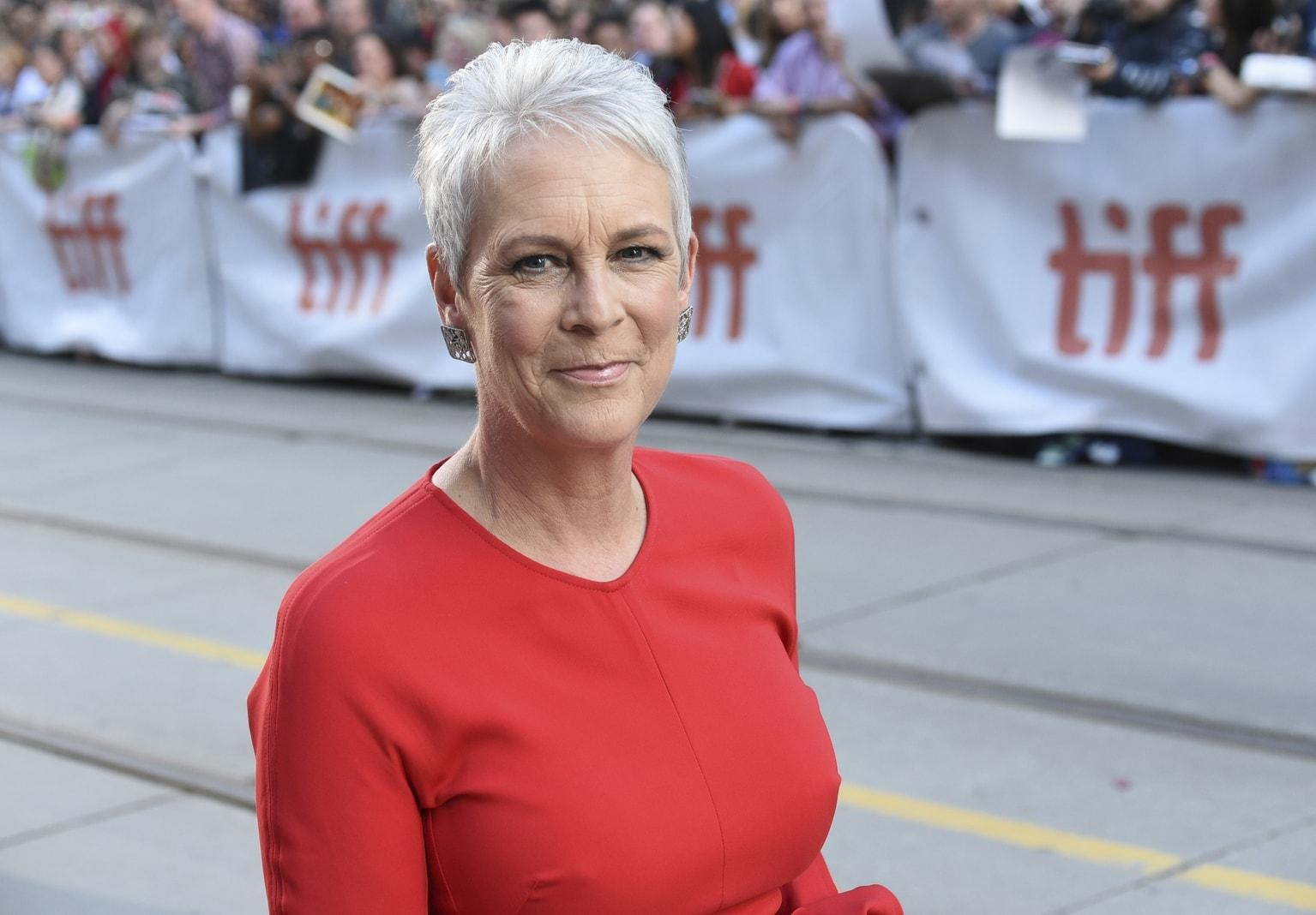 Jamie Lee Curtis BS