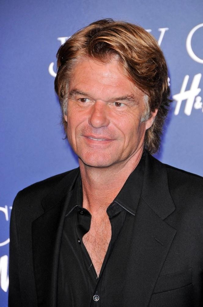Harry Hamlin BS