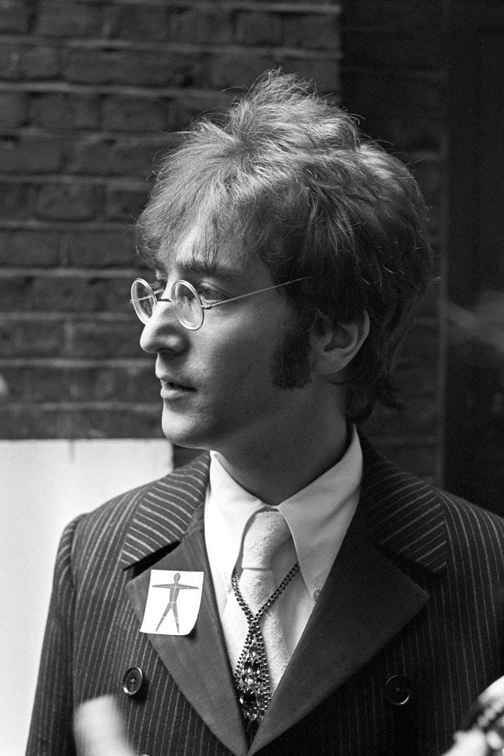 John Lennon BS