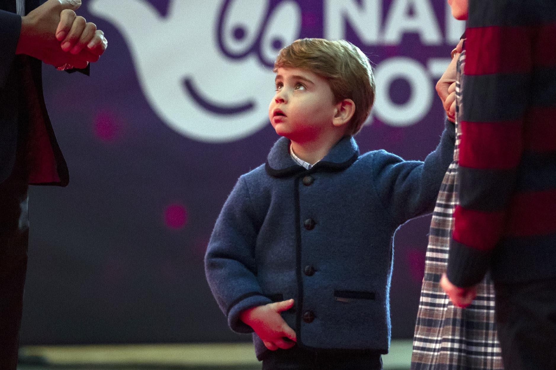 William und Kate erstmals mit allen Kindern auf dem roten Teppich 5