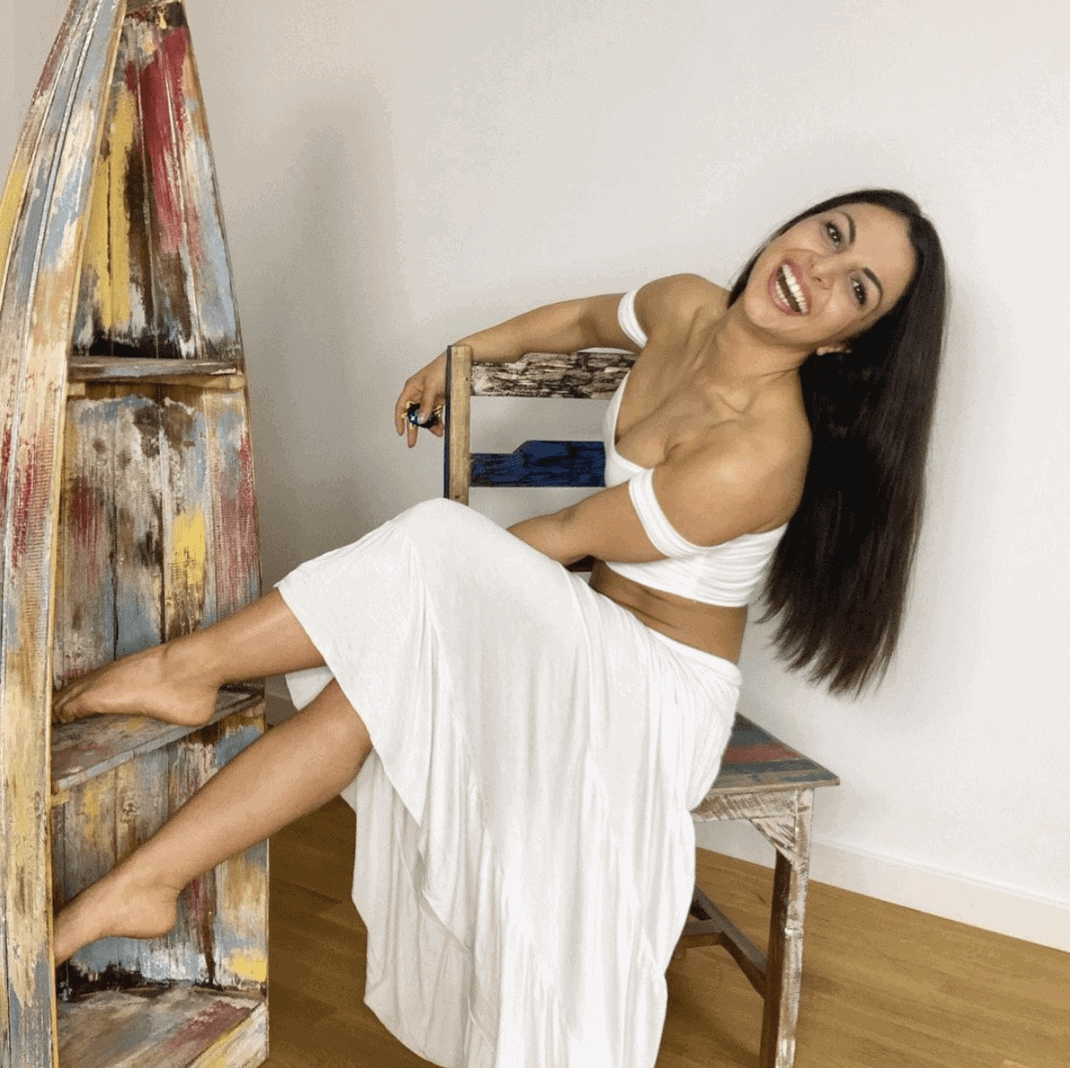 Nora Lob 10