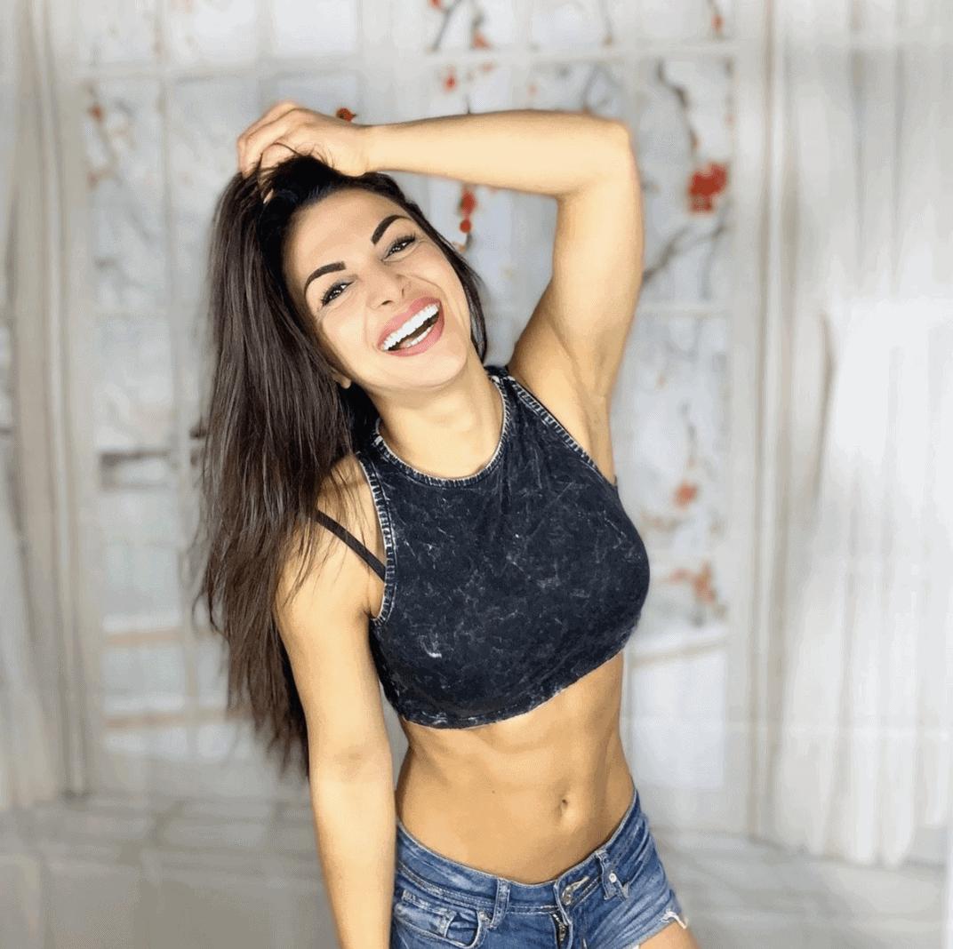 Nora Lob 8
