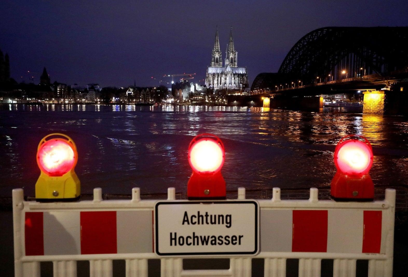 Rhein-Hochwasser in Köln