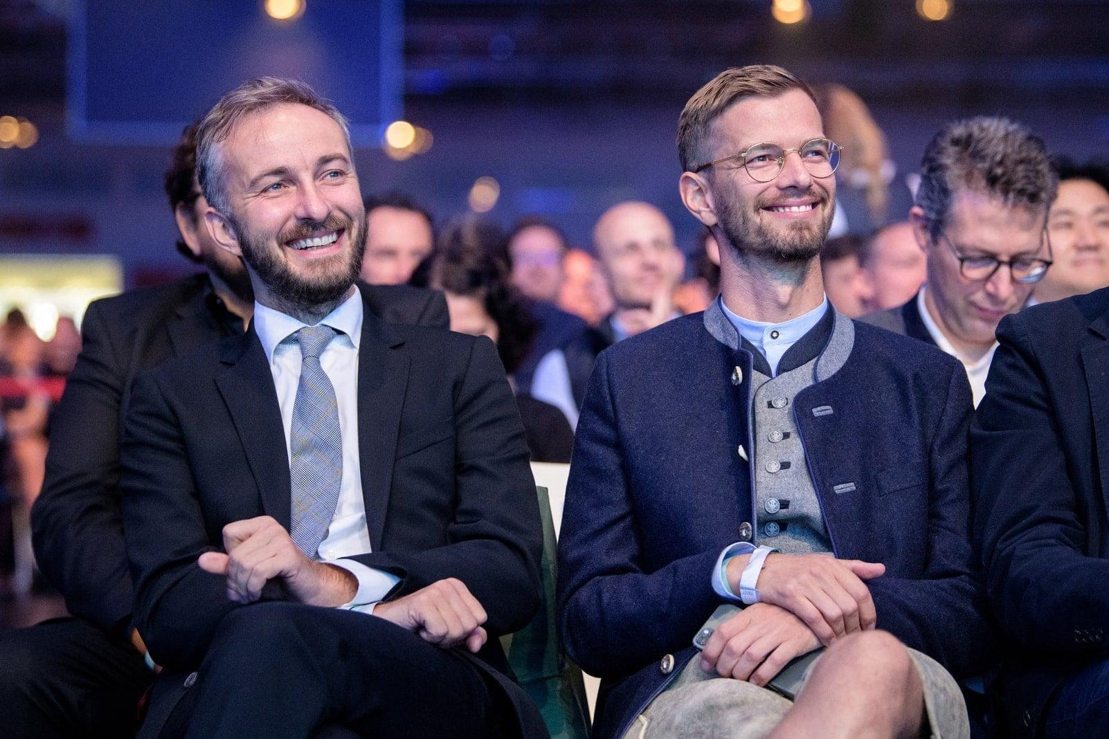 Die beiden Podcaster und Moderatoren Joko Winterscheidt und Jan Böhmermann