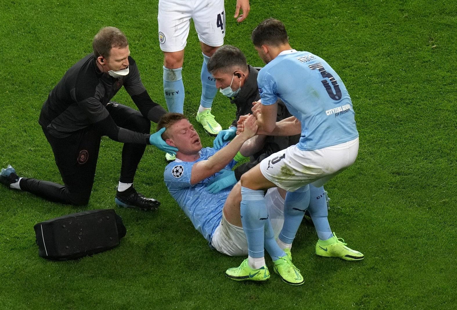Manchester City - FC Chelsea Kevin De Bruyne verletzt