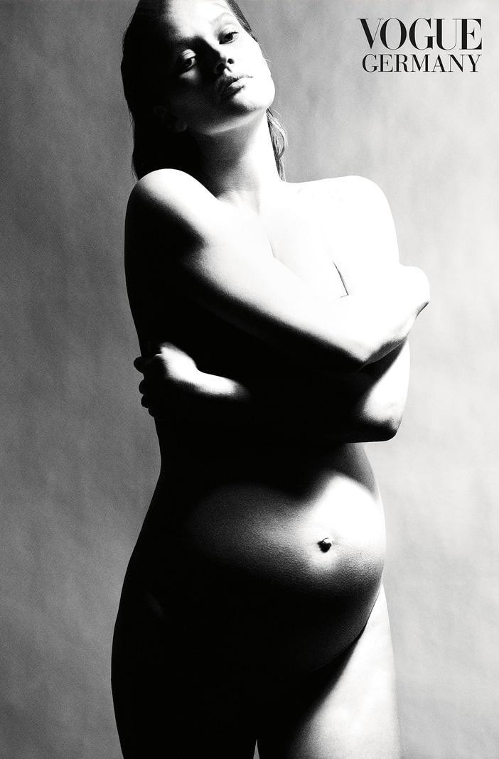 "Schwangeres Model Toni Garrn in der ""Vogue"""