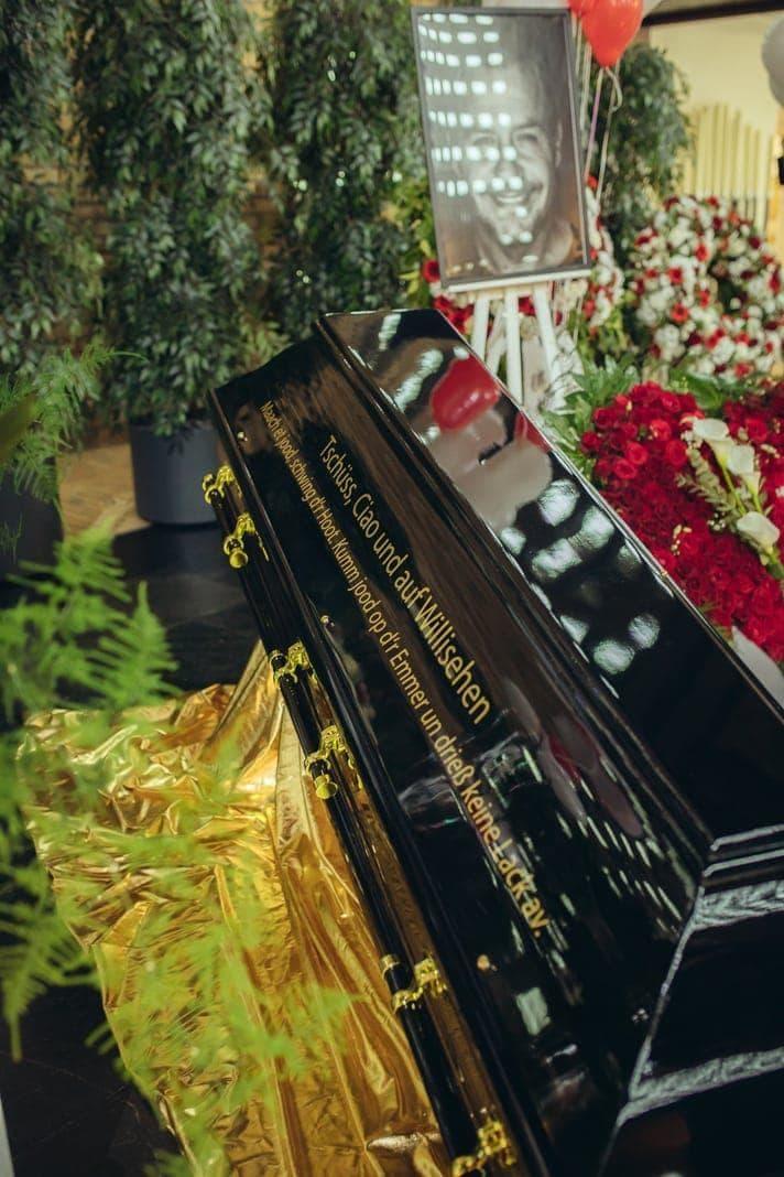 Willi Beerdigung 13