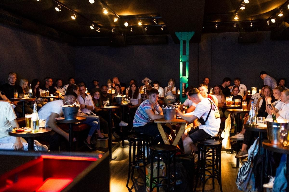 Boston Bar England Deutschland 6