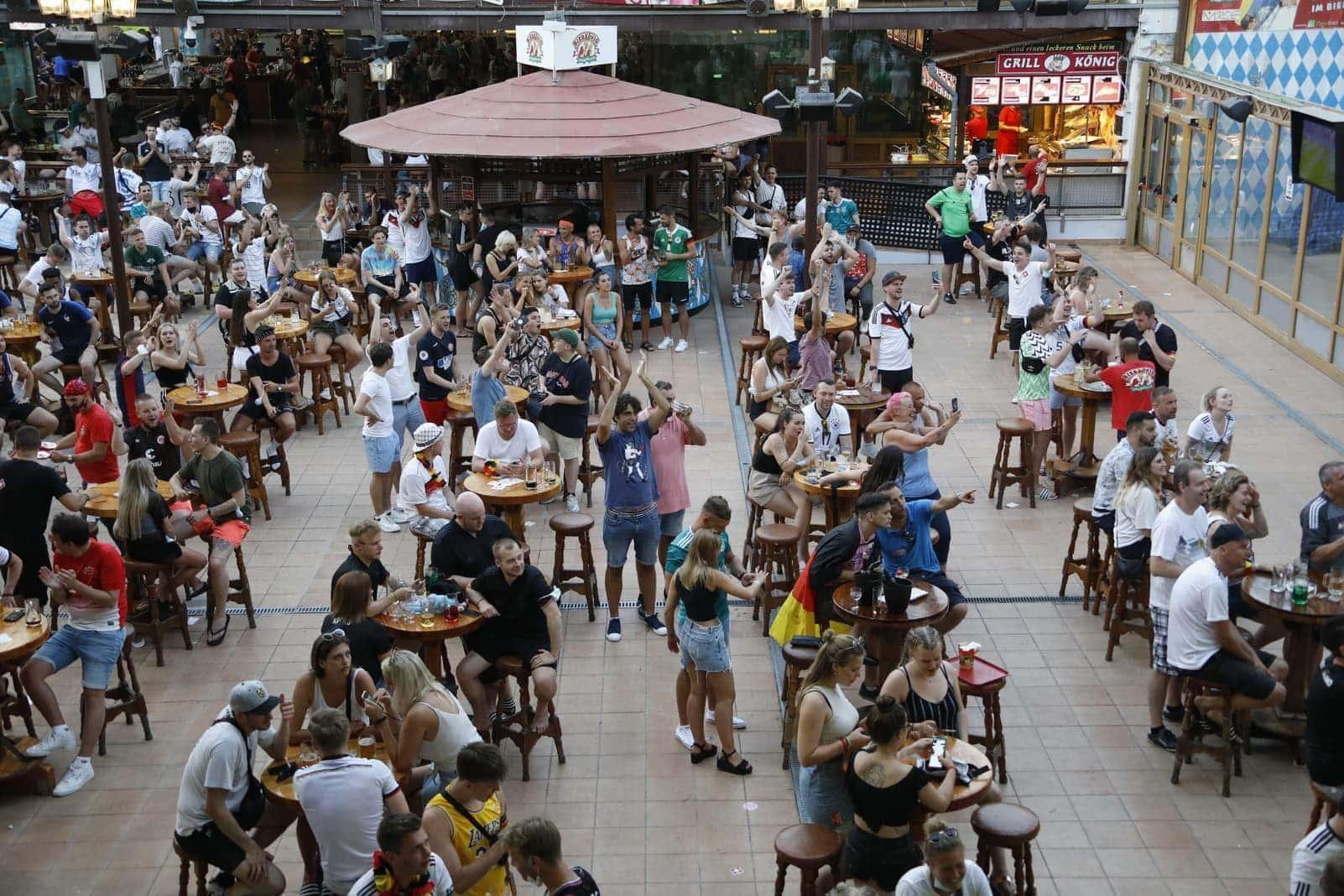 Public Viewing Mallorca Bierkönig EM 2021 3