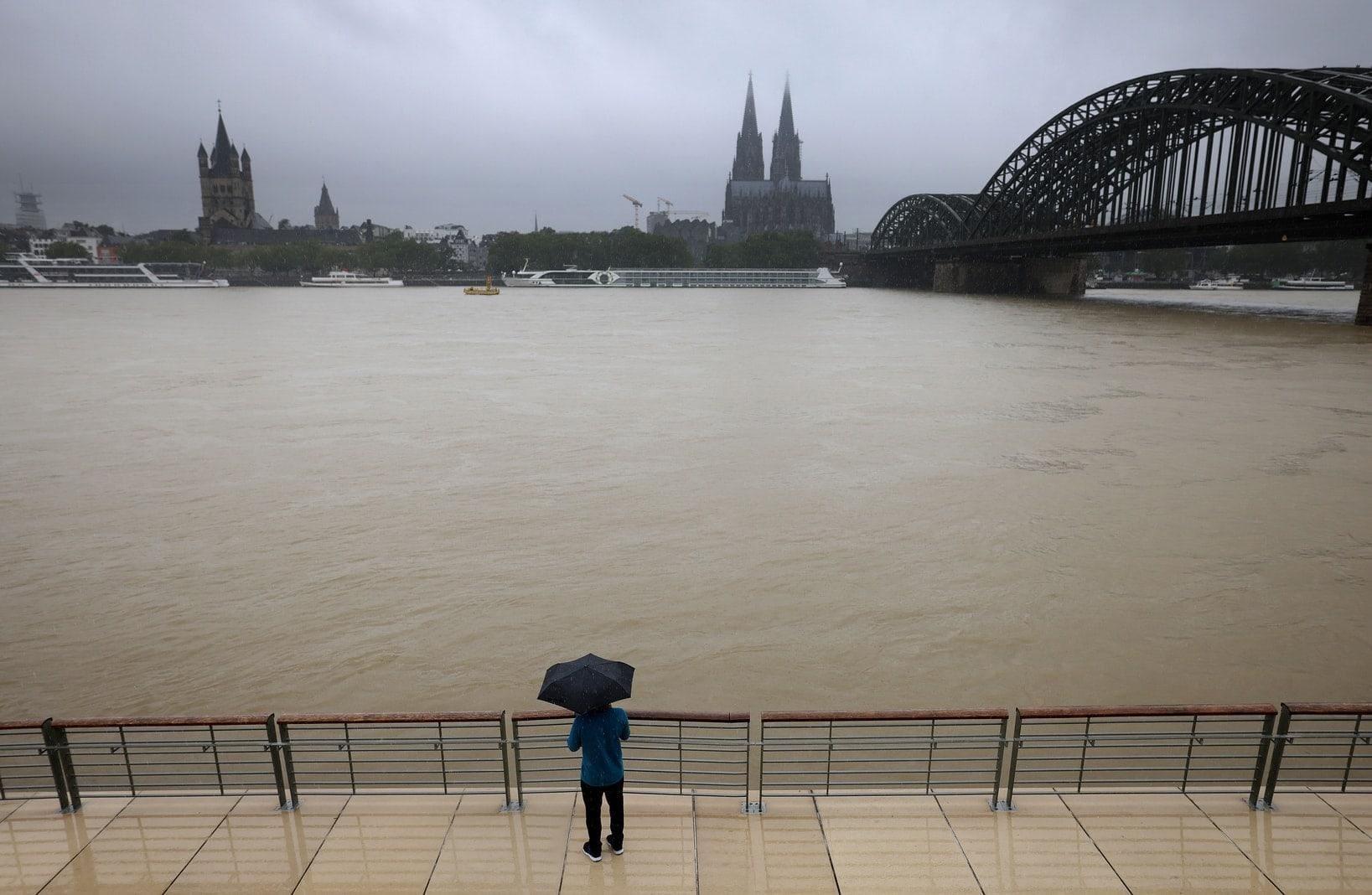 Köln Rhein Hochwasser Starkregen 7