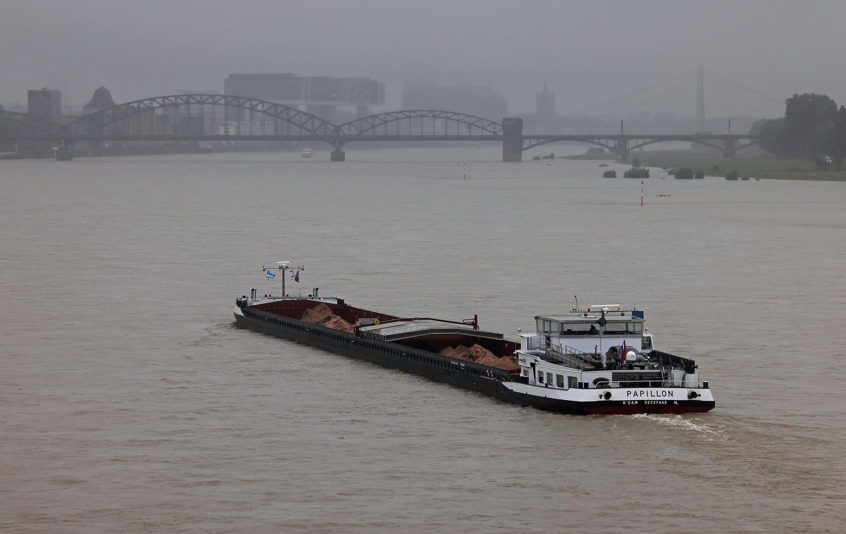 Köln Rhein Hochwasser Starkregen 8