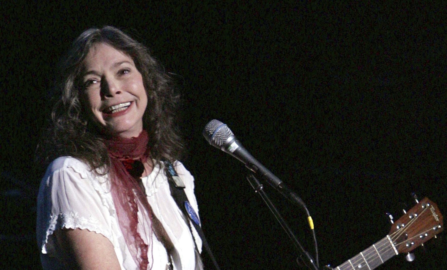 Nanci Griffith 2004 BS