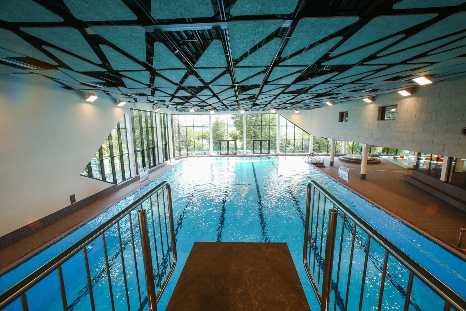 Rheinblick 741 Schwimmbad Hallenbad Düsseldorf