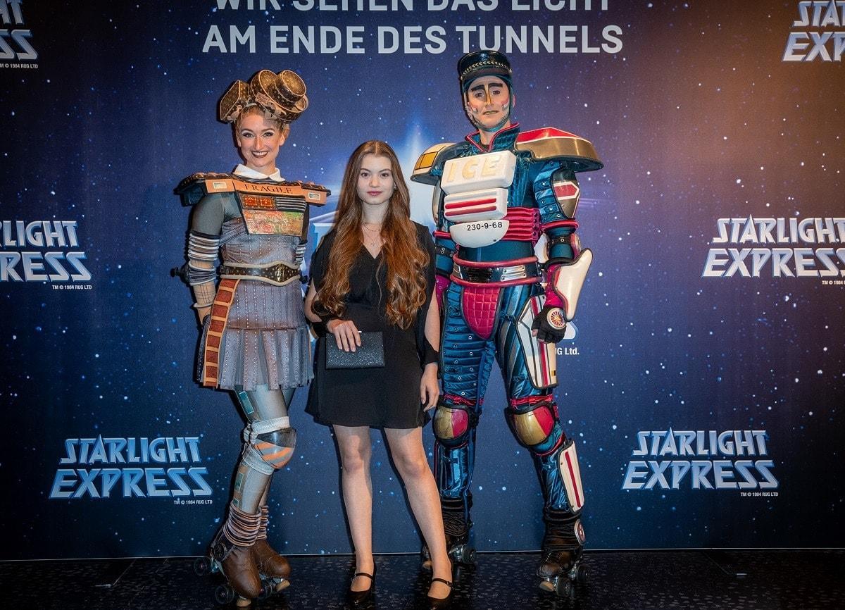 STARLIGHT-EXPRESS-2021-RedCarpet-MarieSophieKe+ƒler