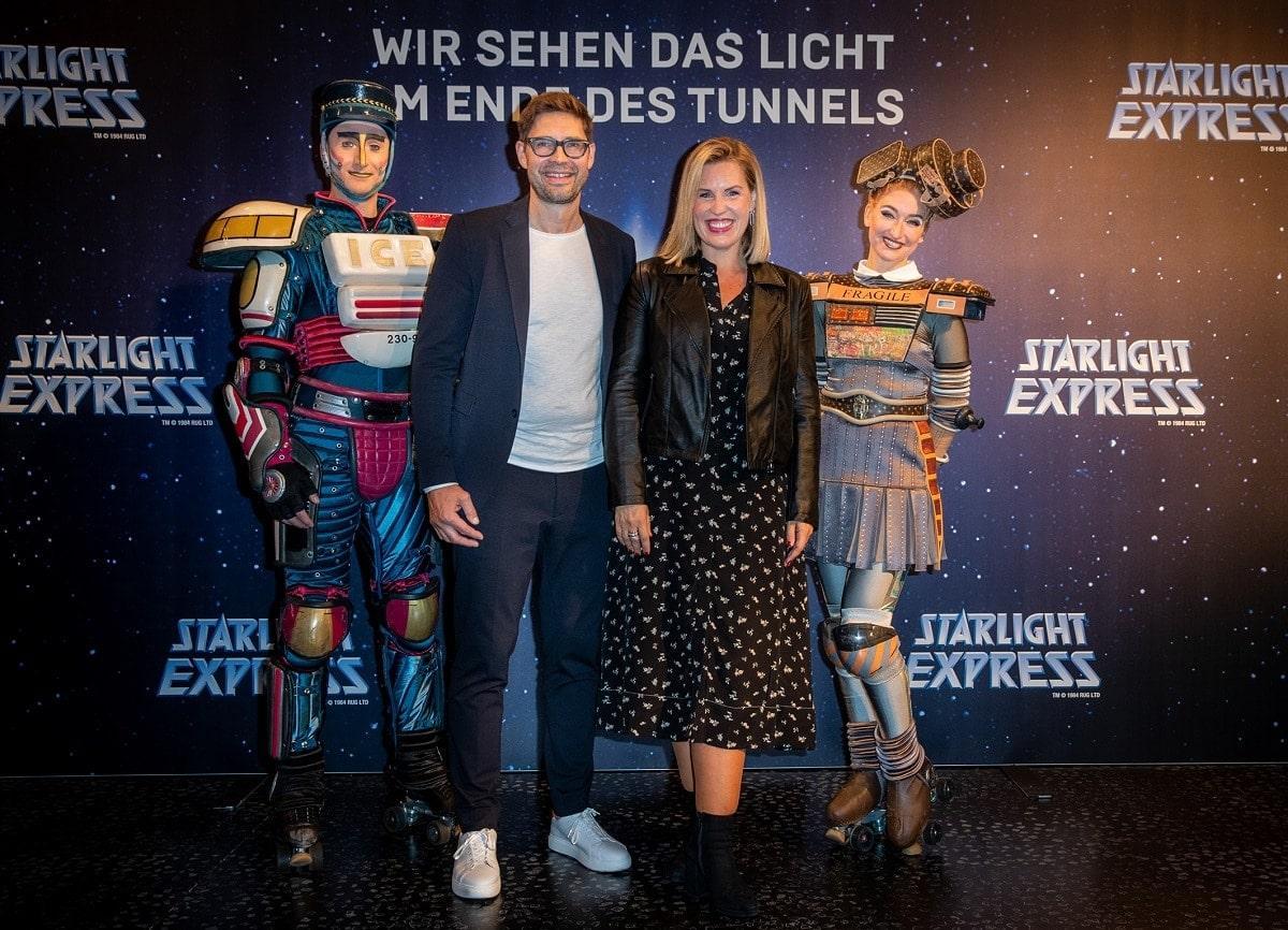 STARLIGHT-EXPRESS-2021-RedCarpet-NicoleStaudinger