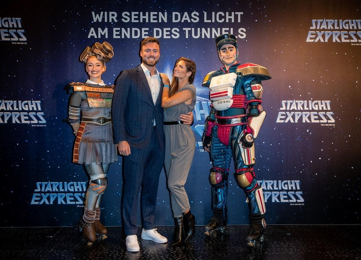 STARLIGHT-EXPRESS-2021-RedCarpet-NikoGrieserMicheleDeRoos