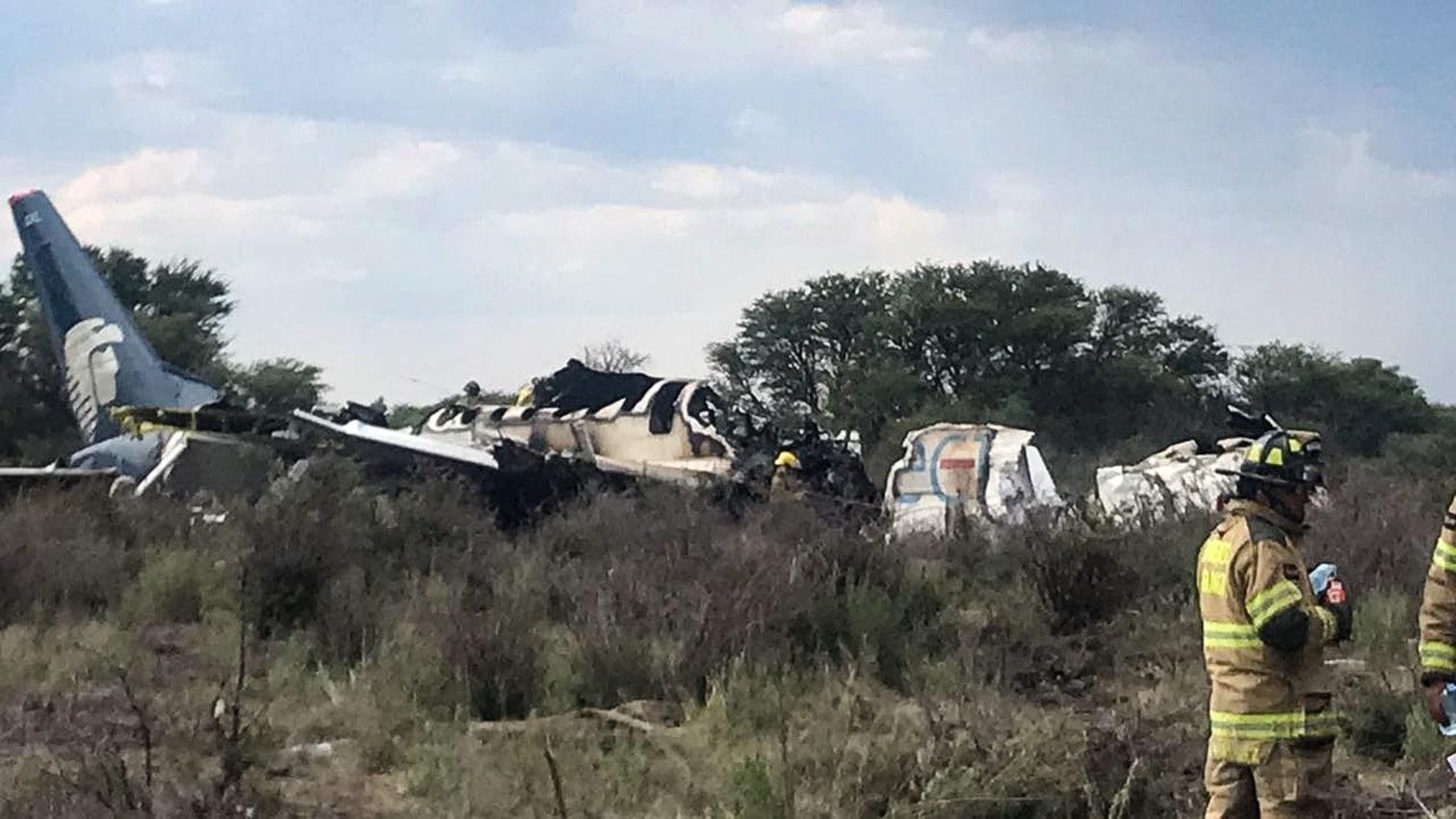 <p>Die Bruchlandung einer Passagiermaschine im Norden Mexikos hat für dutzende Menschen ein glimpfliches Ende genommen. Nach Behördenangaben gab es bei dem Zwischenfall am Dienstag im Bundesstaat Durango keine Toten